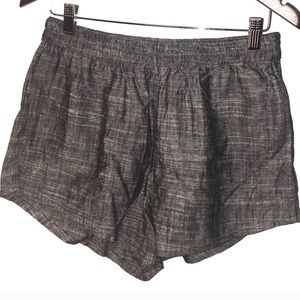 Abercrombie & Fitch Shorts NWT Womens Medium